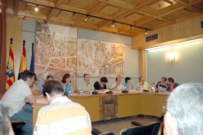 """PAR, CHA e IU instan a la creación de un """"gobierno de unidad"""" en Alcorisa"""